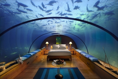 POSEIDON-UNDERSEA-RESORT-bedroom